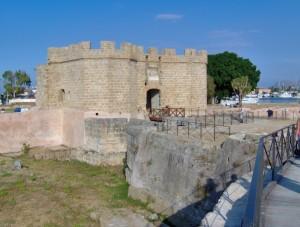 Castello sul lungomare di Palermo