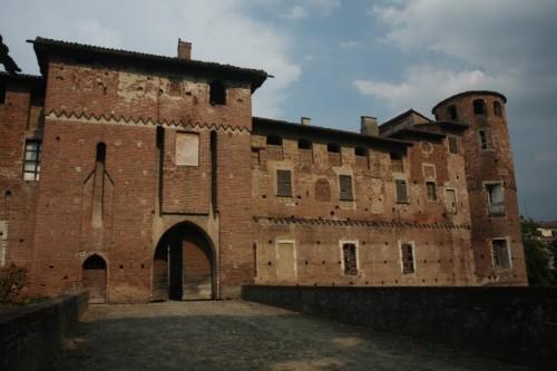 Monticelli d'Ongina - Rocca Pallavicino - Casali