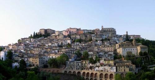 Loreto Aprutino - Il Borgo Incantato!