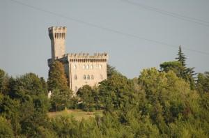 Un castello sulla strada di fondovalle Idice