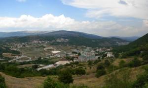 Il Santuario domina la frazione di Guasto