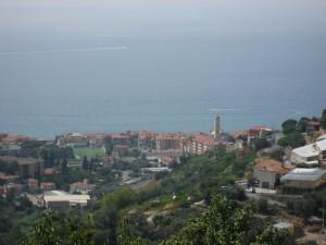 Riva guarda il mare