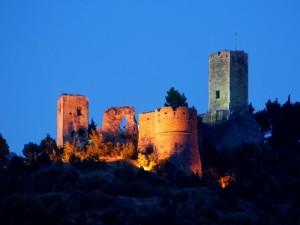Castello di Popoli all'imbrunire