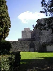 Torre quadrangolare Castello Ducale d'Avalos