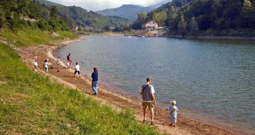 Osiglia - Passeggiata sul lago