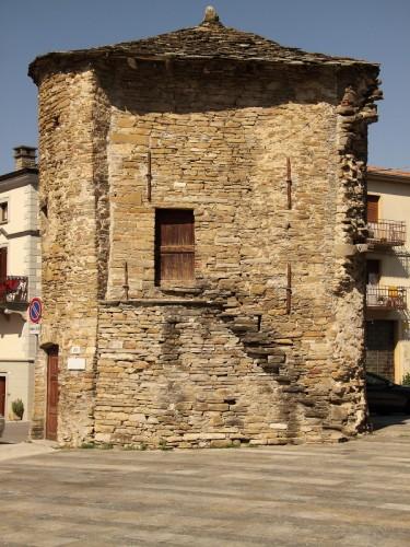Varsi - fortificazioni di Varsi II