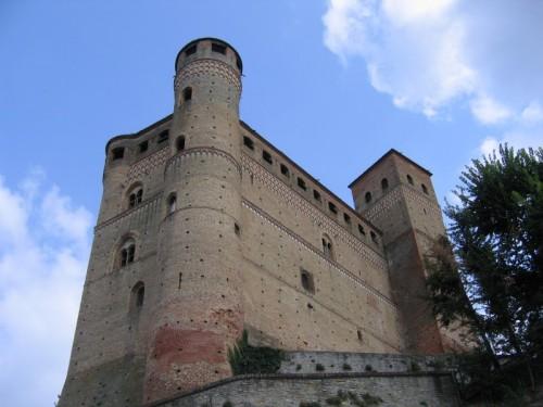 Serralunga d'Alba - Castello di Serralunga d'Alba