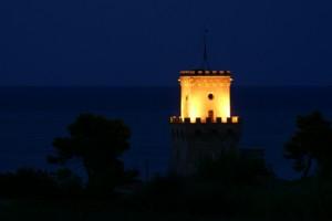 La notte cala su Torre Cerrano