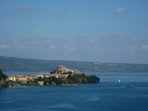 Il promontorio con la Rocca Farnese