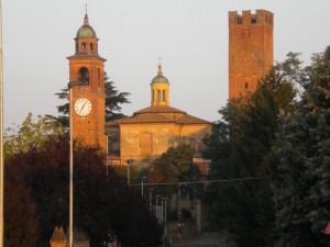 Primi raggi di sole sulla Fortezza di Castelnuovo Fogliani