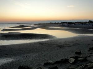 tramonto in spiaggia vecchia di grado