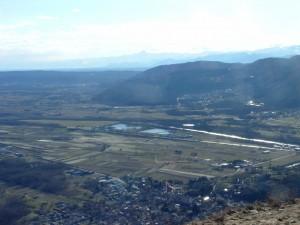 vista panoramica del canavese e il Re di pietra (Monviso)
