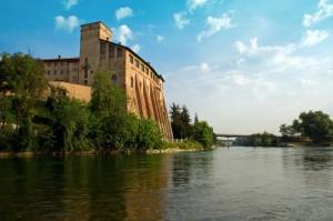 il castello sul fiume