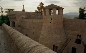 veduta del castello di mondavio