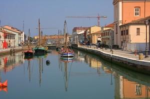 Museo e riflessi del Porto Canale