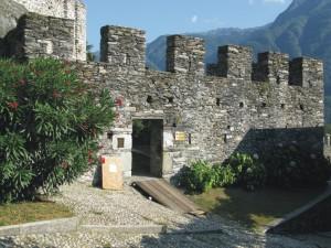 Entrata Nel Castello