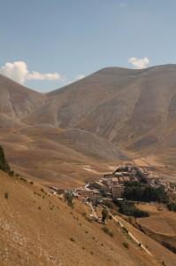 Castelluccio di Norcia e Monte Vettore