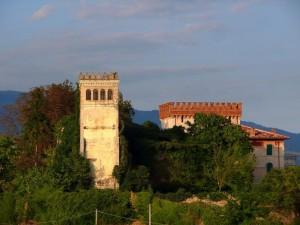 castello Lucheschi