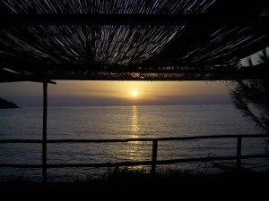 La baia di Trentova al tramonto