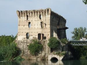 Ruderi Ponte Visconteo di Borghetto