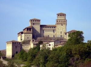 Torrechiara - Il Castello e il Borgo medioevale