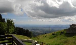 Spettacolare vista da Monte Corno, 1250 s.l.m.