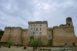 piove sulla fortezza dei Borgia