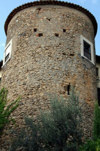 una delle 5 torri del vecchio castello