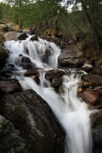 Una cascata nella Val d'Ayas