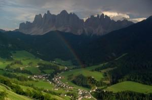 Arcobaleno nella valle