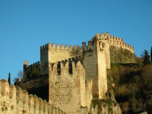 Soave - Soave - Mura del castello