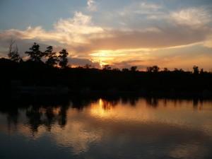 tramonto sulla centrale idroelettrica