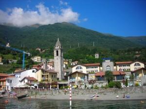 San Vito di Cremia vista dal lago