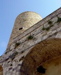 Torre su arco