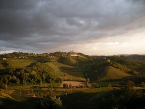 Mongardino, prima del temporale