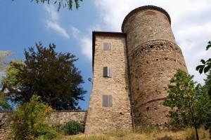 Viano, il castello