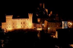 Castello Pallotta Caldarola di Night
