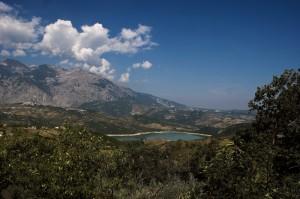 Il Lago di Sant'Angelo ai piedi della Maiella