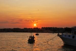 Tramonto sul porto di Manfredonia