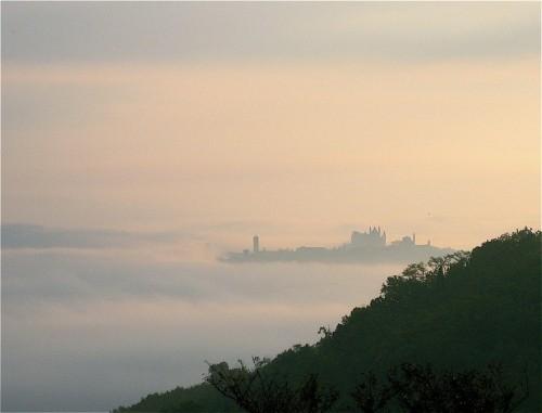 Orvieto - Orvieto galleggia sulla nebbia