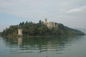 isola minore -lago di Trasimeno- castello guglielmi