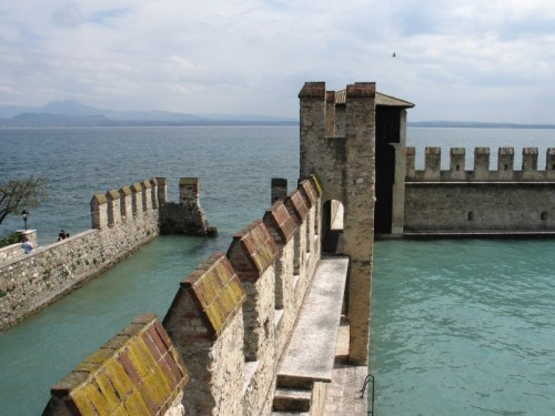 Sirmione - Muro Sommerso
