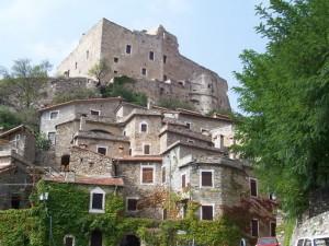 Castelvecchio di Rocca Barbena,uno dei borghi più belli d'italia