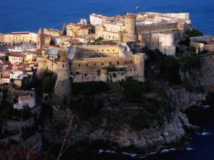 Castello Angioino-Aragonese