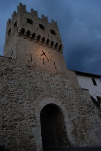 Porta S. Agostino e i colori della sera.