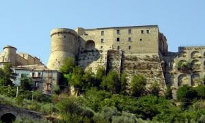 Civitacampomarano: vi presento il castello.