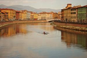 Canottieri sull'Arno