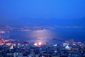 Chiaro di luna sul porto di Napoli