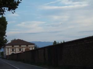 le mura di villa pola