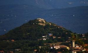 Panorama su Manerba e La Rocca
